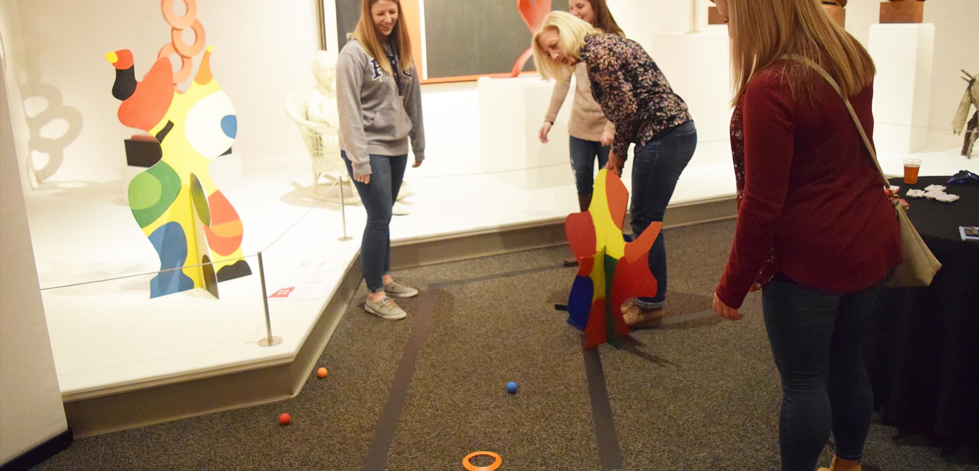 Golfin' in the Galleries